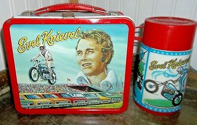 NEAR MINT 1974 Evel Knievel Metal Lunch box & Thermos Motorcycle Dare Devil Wow!
