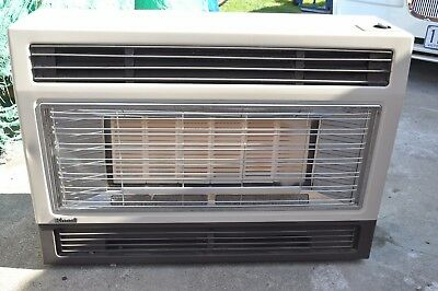 Console gas heater