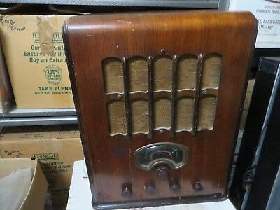 Canadian General electric Model E6bX Working conditon  Battery radio converted