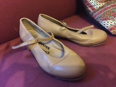 Bloch Tan Tap Shoes Size 6.