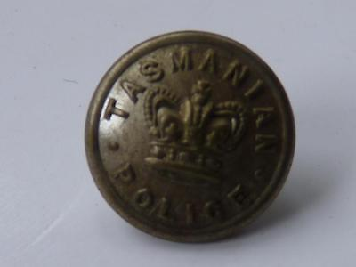 Tasmanian Pre Federation Police Button  - Qvc  (Type 1)