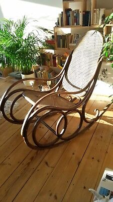 Schaukelstuhl thonet aera wiener geflecht rocking chair for Schaukelstuhl thonet
