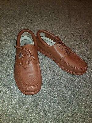 Mens Henselite bowls shoes size 11