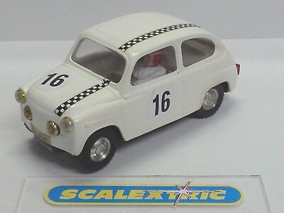 Scalextric Tri-ang Vintage SEAT FIAT TC600 'BAMBINO' White #16 C99 (LOVELY)