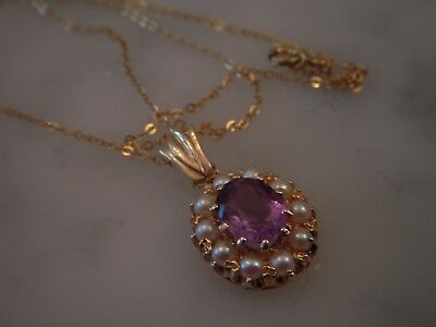 A Beautiful 9 Ct Gold 3.00 Carat Amethyst And Seed Pearl Pendant And Chain