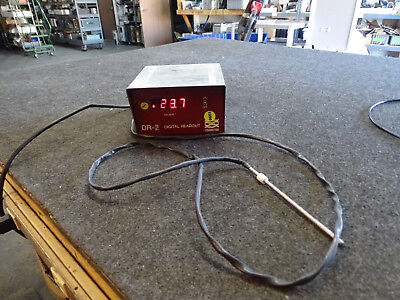 Neslab Digital Readout DR-2 w/ Thermometer Probe Celsius Model 414100
