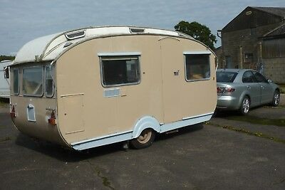 An Intersting Stirling Vintage Caravan Made By Stephens And West