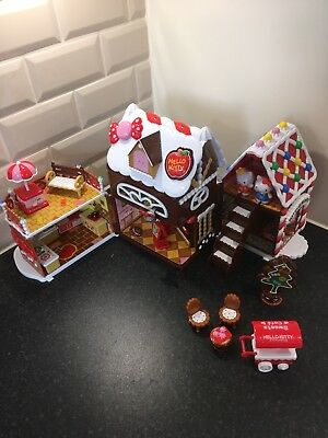Hello Kitty Gingerbread House Playset With Figures