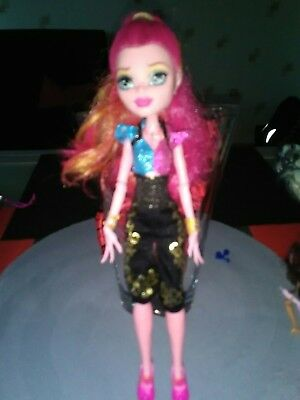 poupée monster high Gigi
