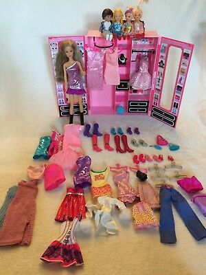Barbie doll, Wardrobe, Sister Kelly, Clothes Shoes and Accessories Bundle Job Lo