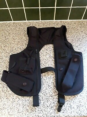 Police covert carriage vest