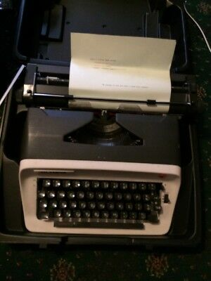 Olympia Red Black Model b12 Typewriter Automatic Repeat Spacer Carry Case