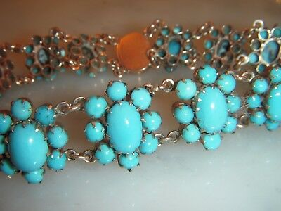 A Beautiful Antique 14 Ct Gold Turquoise  Cluster Bracelet