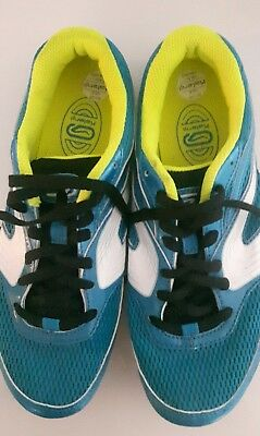 running spikes running shoes youth size 5 1/2