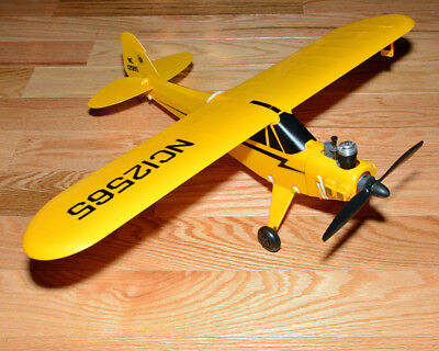 Cox Piper J-3 Cub Model Control Line 9871 Ready to Fly Model Airplane