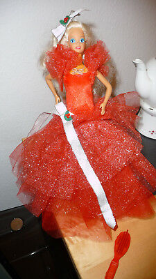 Barbie Happy Holidays First Edition 1988 alt Collector