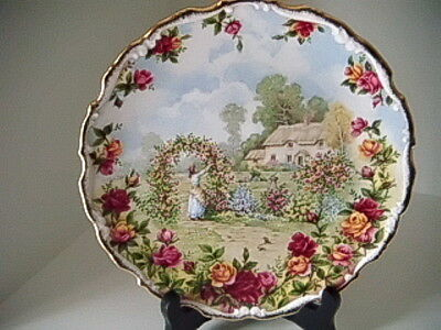 """Royal Albert """" A Celebration of The Old Country Roses Garden"""" Bone China Plate"""