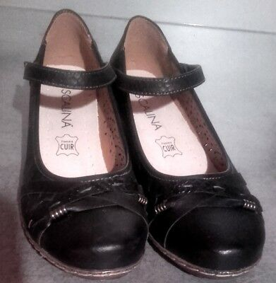 Chaussures marque Scalina, pointure 40, neuves