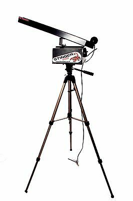 Brand New STINGER-PRO Cricket Bowling Machine With Remote Feeder RRP £480