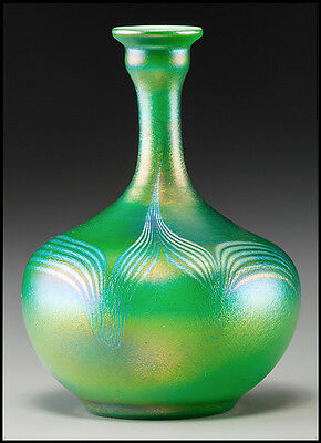 Louis Comfort Tiffany Green Favrile Glass Vase Signed Pulled Feather Antique Art