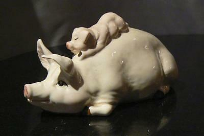 Beswick cute 'Sow gives piglet a piggy back' china figurine 1983-94 No 2746