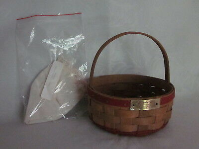 NEW  Longaberger 1985 RED COOKIE Basket Christmas w/  Liner & 4 Family Sigs.