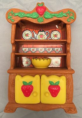 Vintage Strawberry Shortcake Berry Happy Home Hutch ,Yellow Bowl Doll Furniture