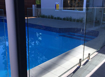 Frameless glass pool fence 1530x1140