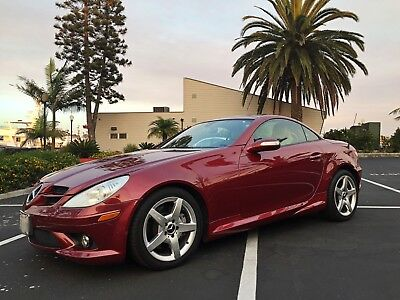 2006 Mercedes-Benz SLK-Class AMG package SLK350 Roadster 3.5L RARE 2006 Mercedes-Benz SLK 350 with AMG package. Low Mileage, Great condition!
