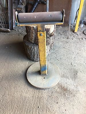 Metal Roller Stand  For Metal, Wood Or Other Material For Workshop Etc.