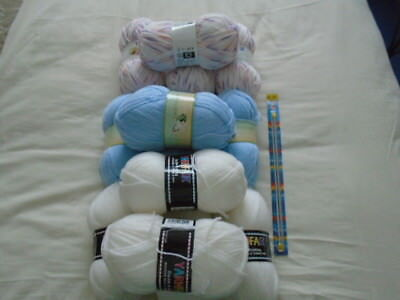 Assorted Knitting Wool/Yarn 13 x 100grms Baby Double Knit + Set Knitting Needles