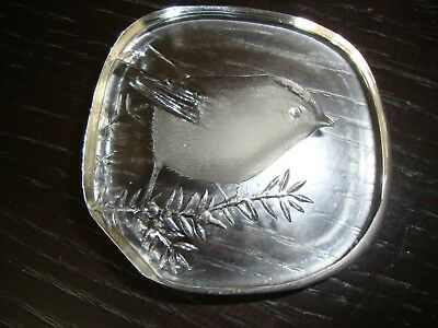 Mats Jonasson Robin Glass Paperweight with signature inscribed