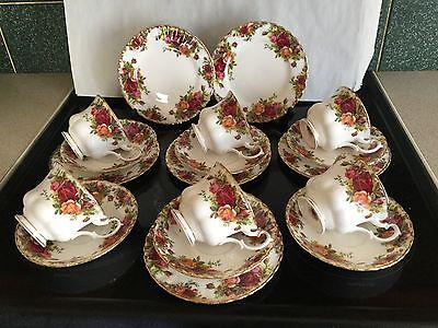 ROYAL ALBERT OLD COUNTRY ROSE Trios X 6 Cups.Saucers Plates
