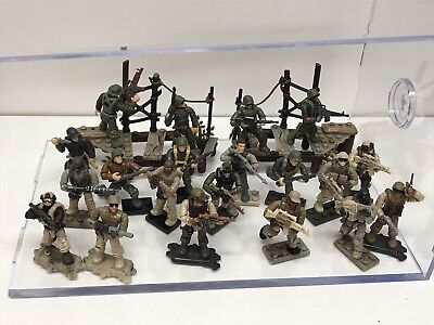 Mega  Lot Of 18 Terrain / Stands / Base Plates Stand For Halo / Call Of Duty