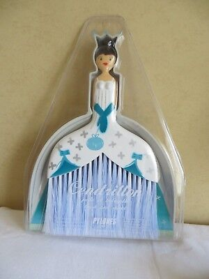 New Sealed Pylones Paris Cinderella Princess Hand Dustpan And Brush Gift Set
