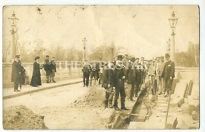 RP Social History BRIDGE OVER THAMES Cable Laying ANIMATED London MIDDLESEX