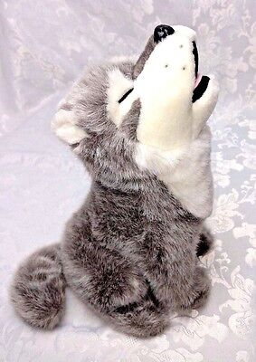 MINT Vintage HOWLING WOLF Animal Wildlife PLUSH Stuffed Gray & White Wolves 13""