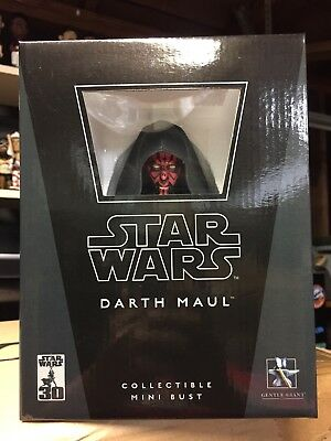 Darth Maul Star Wars Bust by Gentle Giant New in Box
