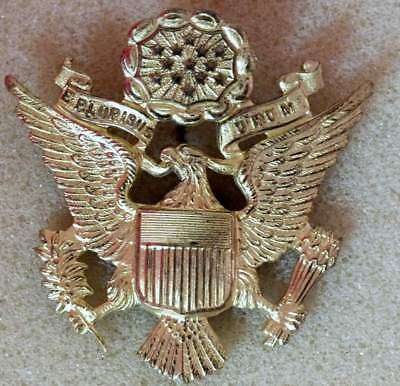 US Army Officer cap badge excellent detail