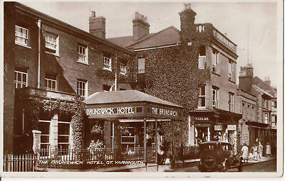 Postcard of Brunswick Hotel, Vintage Car,, King Street, Great Yarmouth, Norfolk