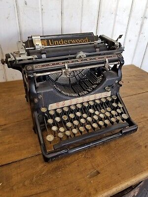 Antique Underwood Standard No 5 Portable Typewriter ~ Vintage Primitive Decor