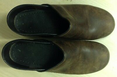 Women's Dansko Professional Clogs - Antique Brown Oiled Leather Size 37