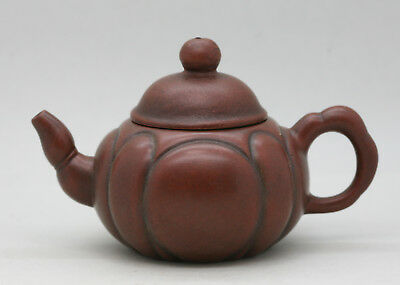 Excellent Quality Vintage Chinese Yixing Zisha Teapot Signed Circa 1950s