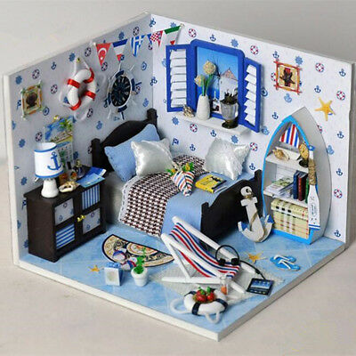 AU Dollhouse Wooden Doll House Miniature DIY Kit Furniture Living Room Xmas Gift