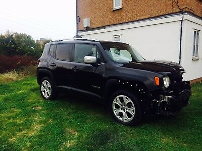 2015 Jeep Renegade Limited Automatic 4WD Damaged Salvage Repairable Qashqai juke