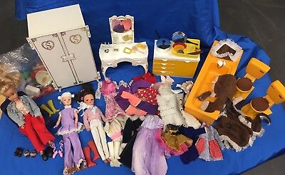 Vintage Sindy Bundle - Dolls, Furniture, Clothing & Accessories