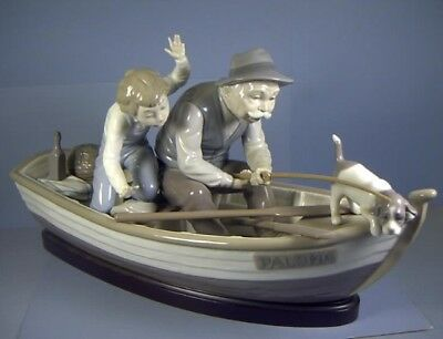 "15"" Figurine, Titled Fishing With Gramps, #5215, By Lladro, Spain, as is"