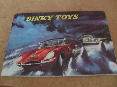 DINKY TOY CATALOGUE 1962 UK 10th EDITION EXCELLENT CONDITION FOR AGE