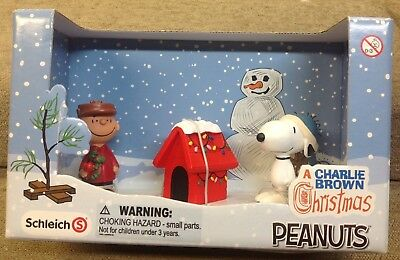 """Schleich - A Charlie Brown Christmas - Scenery Pack - """"peanuts"""" - Nib"""