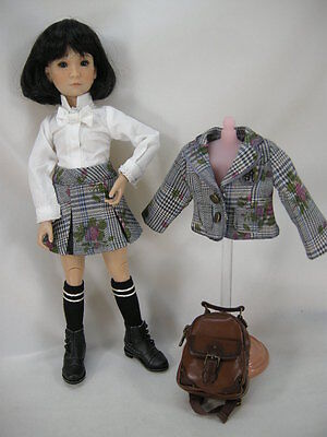 "Ruby Red Galleria Beatrice  12"" In Motion Girl New Release - Ten Ping Family"